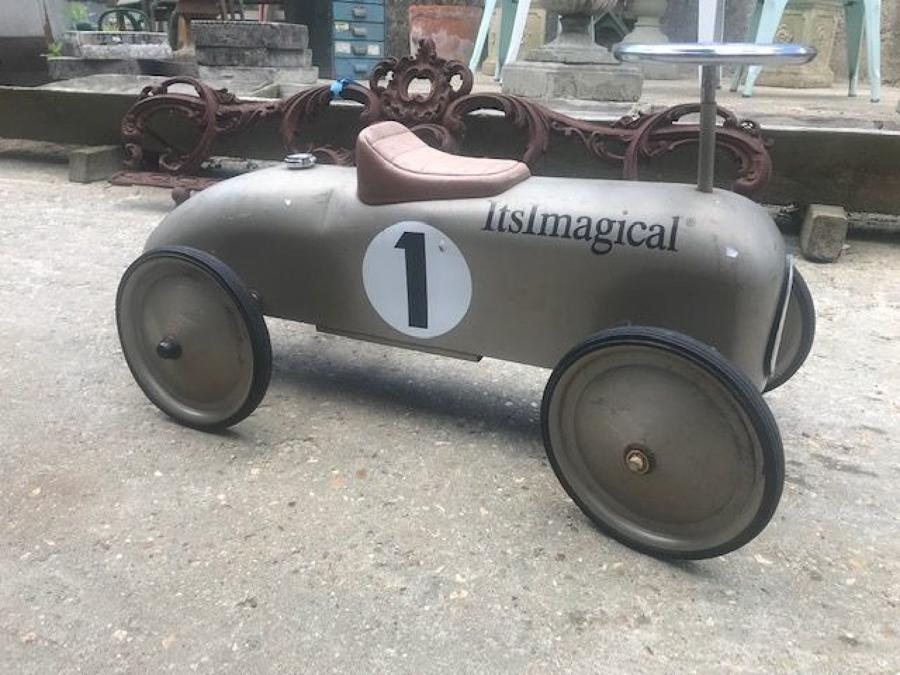 Vintage Children's Ride On Racking Car Itsmagical